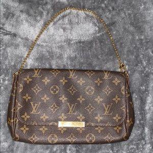Louis Vuitton Monogram Favorite MM with crossbody